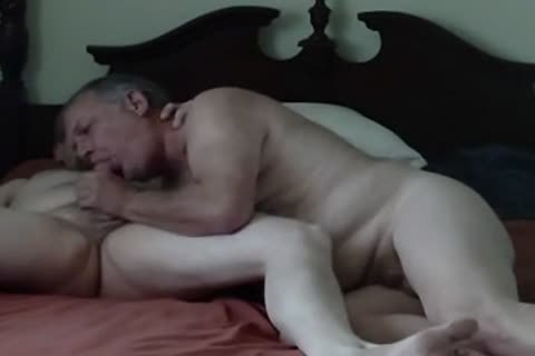 grandpa loves To suck pecker Of Younger